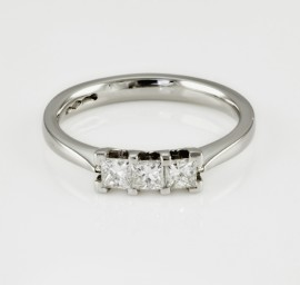 Multi Stone Diamond