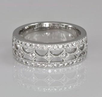 Elegant Openwork Vintage Style Diamond Set Band In 18ct White Gold Total Diamond Weight 032ct